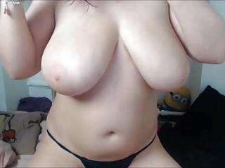 Curvy UK girl