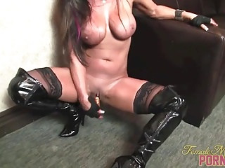 Brunette With Big Tits Masturbates With Vibrator