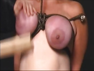 Slave - Saggys