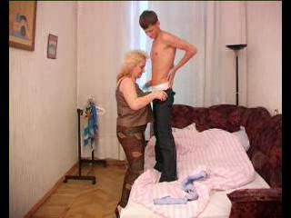 Mature Mom Prevalent Huge Bowels Rides College Stud Weasel words
