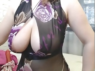 Chunky titties woman handjob hardcore