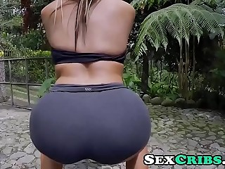 Colombian big ass big tits follada