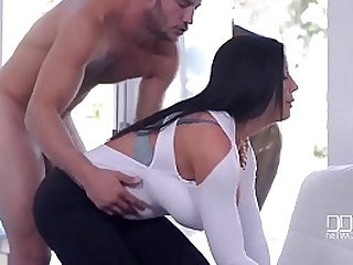 Porn outdoor with beautiful curvy lady with an increment of her young neighbor