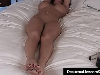 Busty Cougar Deauxma shows absent her rock hard unveil body, huge boobs & awesome toes, soles & feet, lying in bed, just be useful to you!