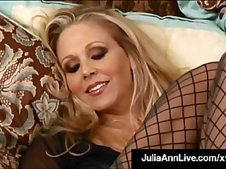 Busty Babe Julia Ann Gets Off For You!