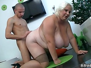 Can he score with huge boobs blonde plumper?